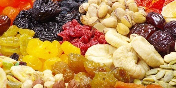 פירות יבשים ודיאטה