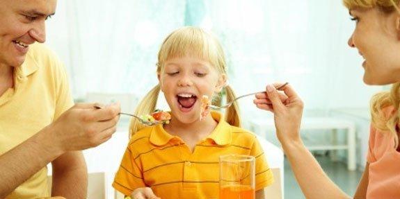 אמהות וילדים הרגלי אכילה
